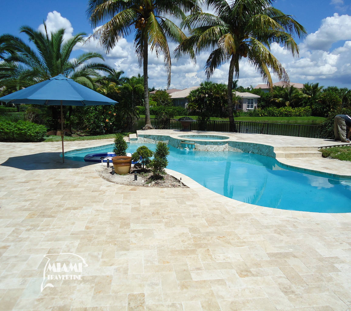 TRAVERTINE PAVER 6X12 IVORY 08