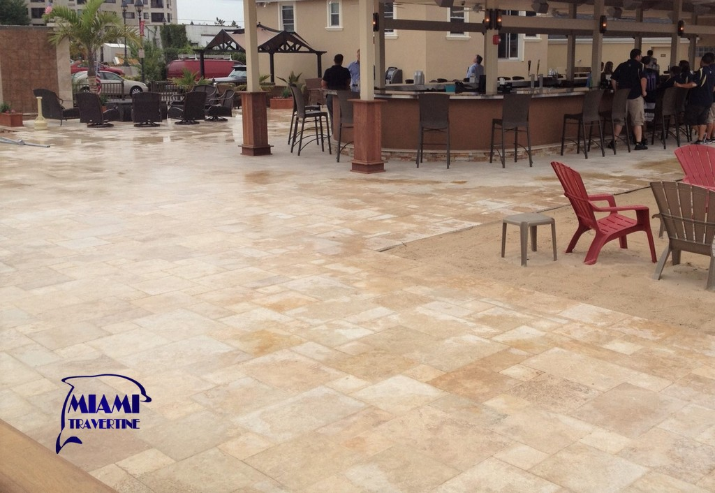TRAVERTINE PAVER FRENCH PATTERN IVORY