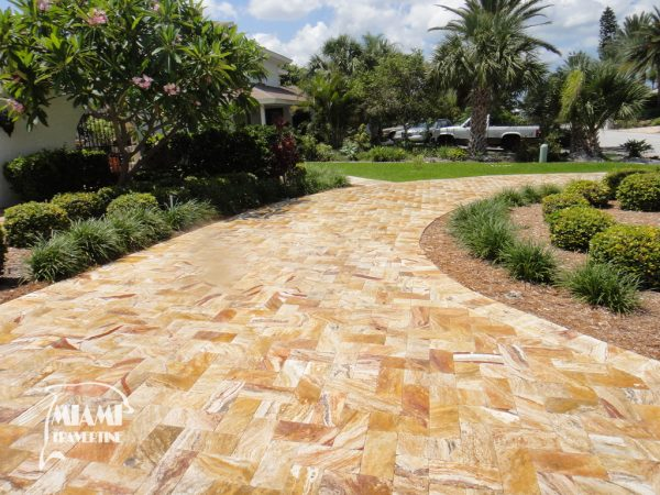 TRAVERTINE PAVER AUTUMN BLEND 6X12 02