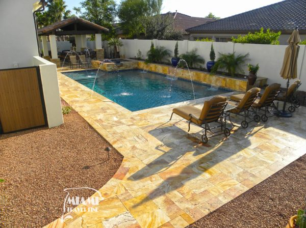TRAVERTINE PAVER FRENCH PATTERN AUTUMN BLEND 05