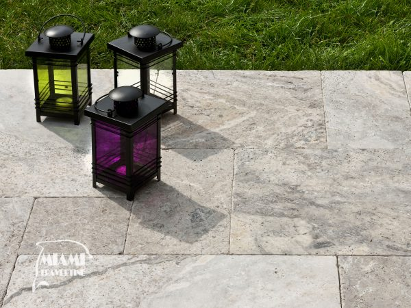 TRAVERTINE PAVER FRENCH PATTERN SILVER 03