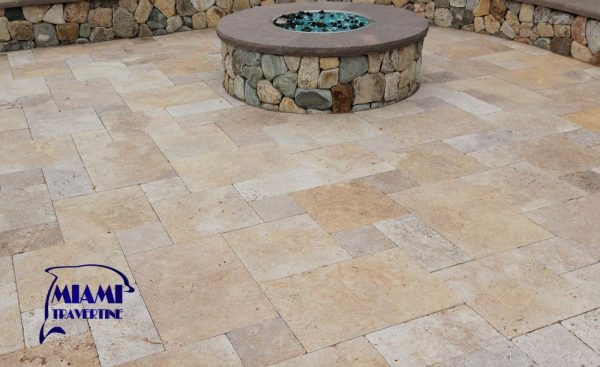 TRAVERTINE PAVERS FRENCH PATTERN COUNTRY CLASSIC (