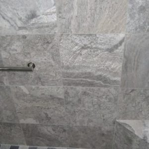 TRAVERTINE TILE FILLED HONED 18X18 SILVER 03