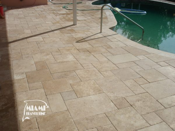 TRAVERTINE TILE FRENCH PATTERN IVORY 05