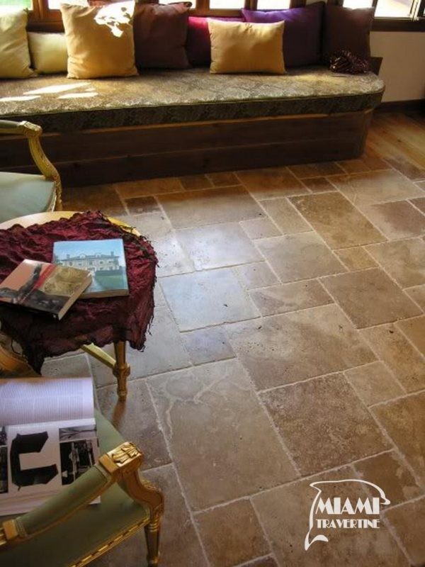 TRAVERTINE TILE FRENCH PATTERN NOCHE 02