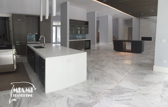 VOLACAS WHITE MARBLE POLISHED 24X24 02